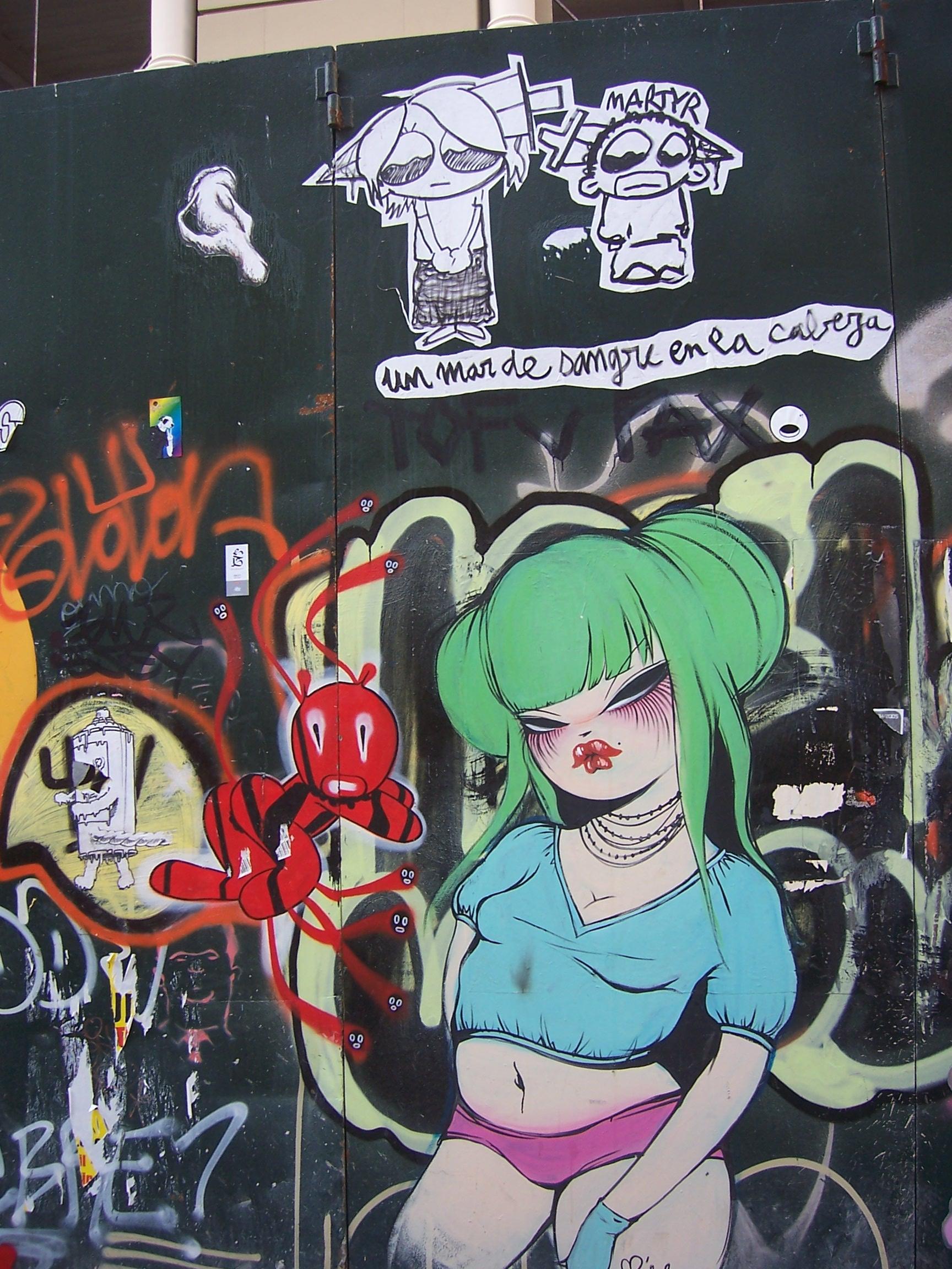 http://www.chato.cl/2005/viajes/6/Grafiti_chana.jpg