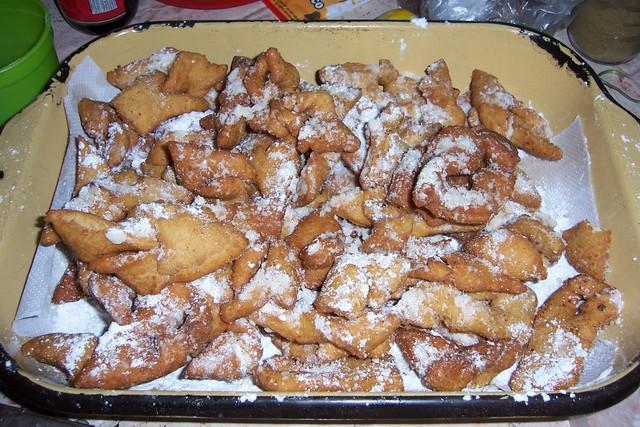 "Calzones rotos"" (unas masitas dulces) ""Calzones rotos"" (a sweet type ..."